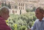 """Harald Schumann, realizador de """"A Troika: Poder sem Controlo"""", com Varoufakis antes das eleições gregas."""