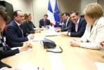 Encontro entre Merkel Tsipras e Hollande. Foto Presidência de França.