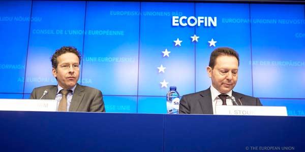 Jeroen Dijessembloem e Yannis Stournaras. Foto União Europeia ©
