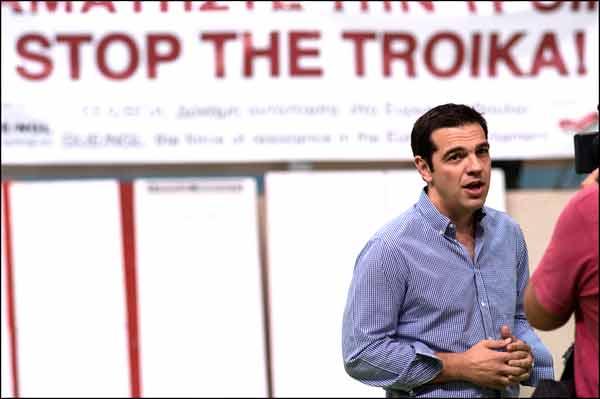 Alexis Tsipras. Foto Stéphane Burlot. Licença Creative Commons - Atribuição, Não Modificar - Uso Não Comercial)