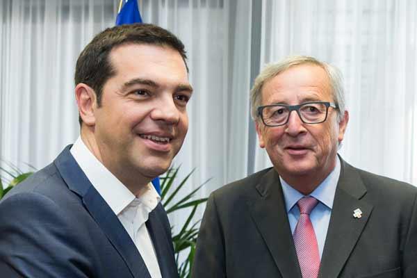 Tsipras e Juncker. Foto União Europeia ©