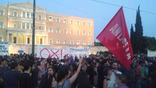 Primeiro protesto contra o acordo assinado em Bruxelas