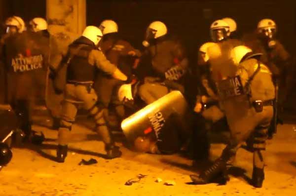 Repressão na manifestação de 15 de julho