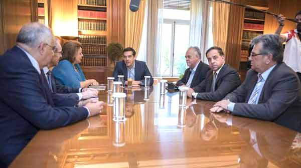 Reunião de Alexis Tsipras com a associação de bancos gregos. Foto left.gr