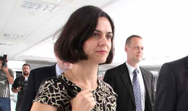 Delia Velculescu chefia a missão do FMI em Atenas.