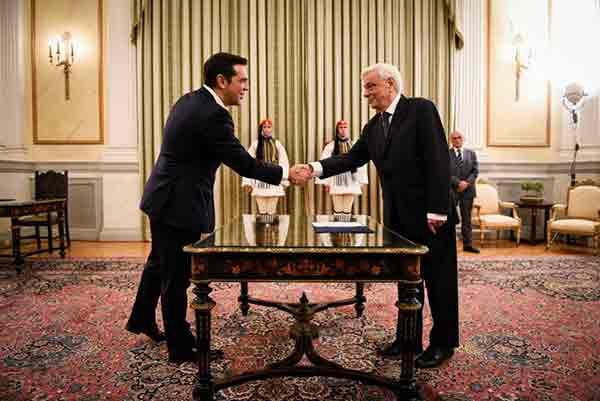 Tsipras empossado primeiro-ministro. Foto Left.gr