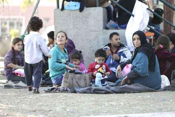 Refugiados na ilha de Lesbos. Foto Left.gr