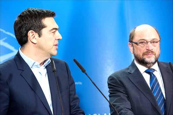 Tsipras e Schulz. Foto Parlamento Europeu