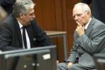 Ministro austríaco Schelling com Wolfgang Schäuble na reunião do Eurogrupo. Foto União Europeia ©