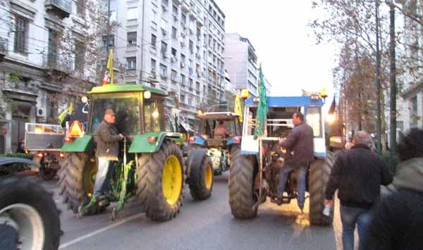 Manifestação de agricultores em Atenas. Foto a1pha_gr/Flickr