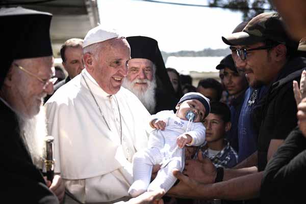 Papa Francisco em Lesbos. Foto Andrea Bonetti/PM Grécia