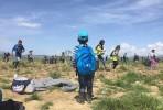 Criança nocampo de Ideomeni durante os incidentes com a polícia macedónia. Foto Light House Relief/Twitter