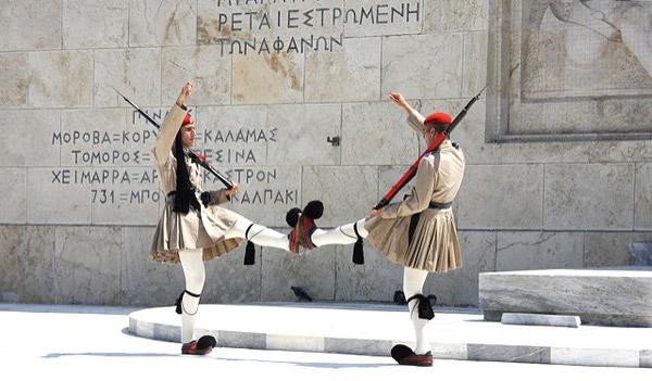 Rnder da guarda no parlamento grego. Foto Patrick Meier/Flickr